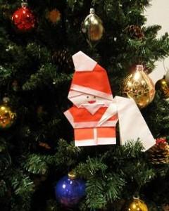 折り紙サンタクロースのお飾り