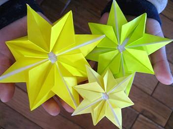 飾り-オーナメント-きらきら-キラキラ-クリスマス-七夕-星-折り方-手作り-カード-折り紙-簡単-工作-子供-保育園-幼稚園-作り方-幼児-2歳-3歳
