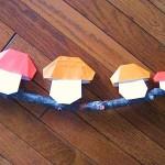 折り紙で簡単!キノコのオーナメント|ハロウィンやクリスマス工作