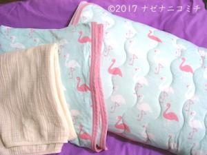 枕カバーとシーツ